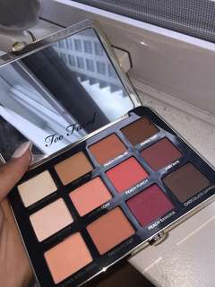 Two Faced Just Peachy eyeshadow palette