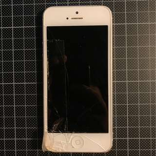 壞機 iPhone5 白色 當零件出售