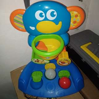 BKids Activoty Toy with 2 balls, may light yung isang ball