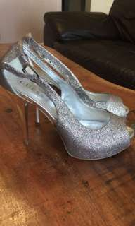 Guess sparkly heels size 8
