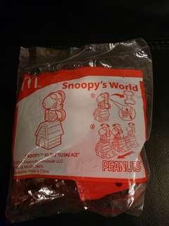 麥當勞開心樂園餐玩具snoopy