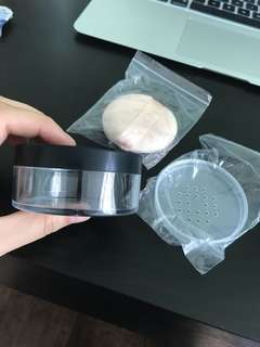 Empty setting powder box