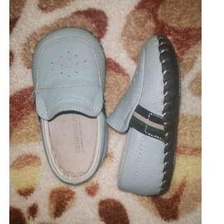 LITTLE BLUE LAMB shoes
