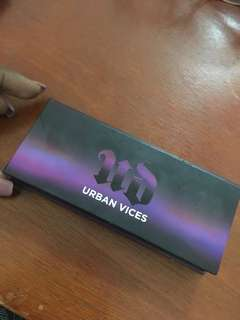 Urban decay vices eyeshadow palette