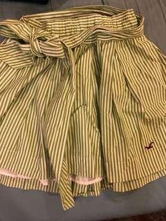 正品hollister 綠色 休閒條文短裙