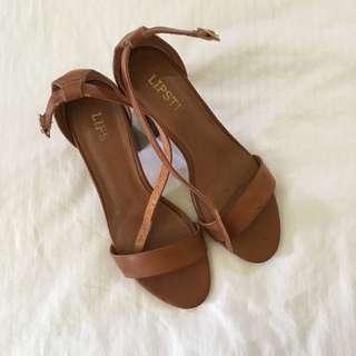 Woody Brown Mid Heels