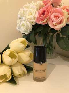 Giorgio Armani Luminous Silk Foundation, 30g, made in France, color: 4 (light beige). Used only twice (prefer long lasting silk for my oily skin)