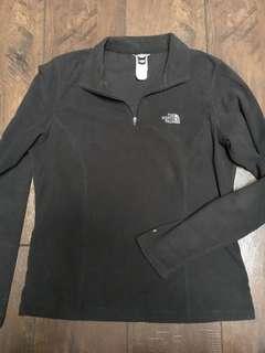 Medium North Face black pullover