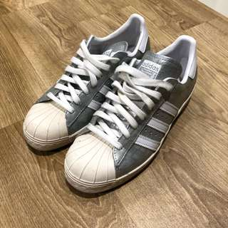Adidas superstar AUTHENTIC size US 6.5
