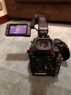 Canon C200