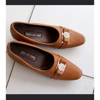 Sepatu Kerja Wedges