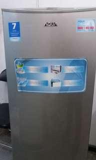 Dijual Kulkas Merk Aqua garansi 7 Tahun