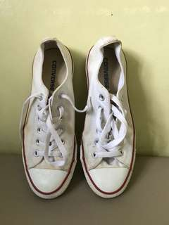 Preloved womens CONVERSE shoes from U.S