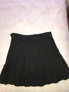 Talula Aritzia Pleated Skirt