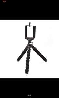 Smartphone mini tripod