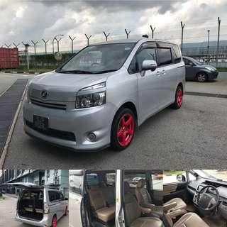 Toyota Roxy (7 Seater)