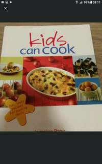 Kids Can Cook   :Fun, Tasty Recipes for Budding Chefs  Jernnine Pang  Marshall Cavendish Cuisine,Cookbooks-113 pages    Each recipe in this cookbook tells you exactly what ingredients and cooking tools you