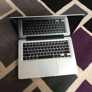 MacBook PRO 2.5GHz Core i5 4GB 500HDD HD 4000 13.3inch LED OS Sierra