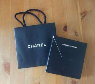 Chanel 紙袋, memo pad及文具