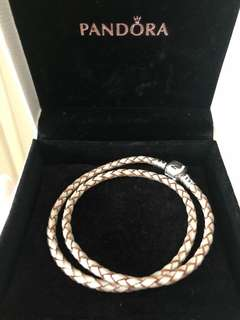 Pandora leather bracelet 金色織皮手繩