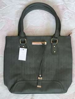 Parisian gray shoulderbag