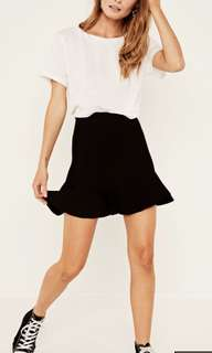 GLASSONS KNIT FRILL SKIRT