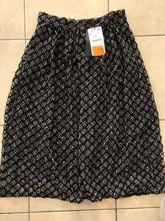 🆕 Zara lace skirt