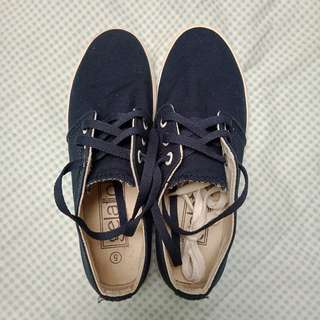 Gelato navy blue shoes