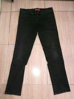 Celana jeans hitam pl