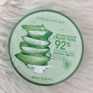 Nature's Republic 92% Aloe Vera Gel Sealed