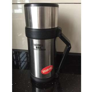 Thermos 2way function Mug, condition very new 9/10 only use few times. New online selling RM170+