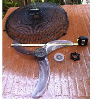Morries Fan blade 16 inches $9, with front knob $4 and back stopper $4.