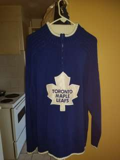 Toronto Maple leafs sweater