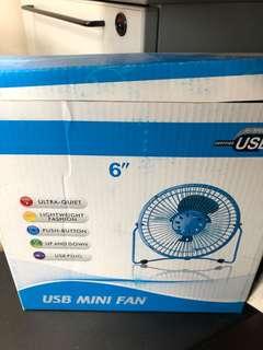 BRAND NEW USB MINI FAN