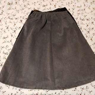 🚚 Long Skirt