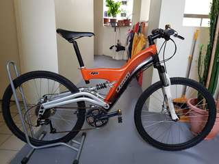 T'bolt Mountain bike