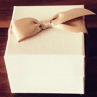 Ritz Carlton 飾物禮品盒