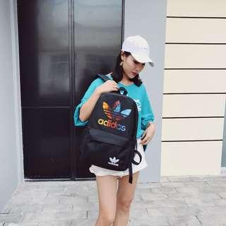 Adidas新款雙肩包 男女單肩包 手提包  休閒後背包