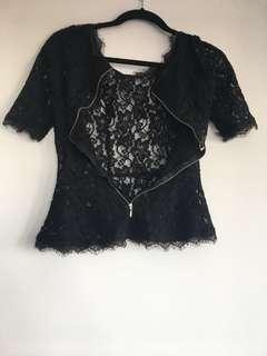 Aritzia lace top