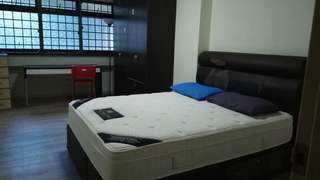 Master and common bedroom for rent