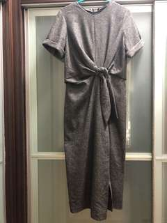 Zara knotted dress. Size M