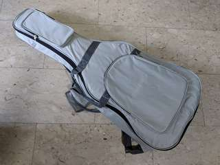 High quality White Padded Soft Case Bag for Acoustic or Classical Guitar for Protection Storage Comfortable Brand New
