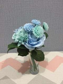 Bunga Biru Hijau