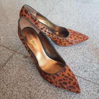 Leopard pinted heels
