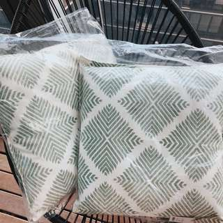MINT STATEMENT PILLOWS x2