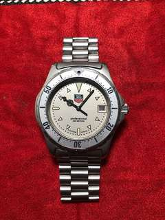 Tag Heuer Professional 2000