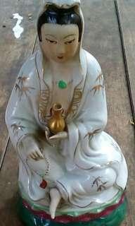 Patung Dewi Kwan Im.30cm.