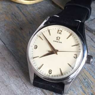 FOR SALE- 35mm Vintage Omega Men's Wristwatch