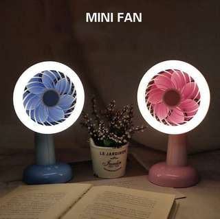 Desktop fan with LED night light USB charging fan Dormitory office portable fan-intl