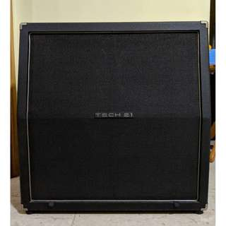 """Tech21 Trademark Series 412TM 4x12 Celestion England 12"""" Speaker Cabinet For Electric Guitar Amplifier Head USA made Discontinued Cheap Rare"""
